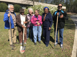 Cover photo for Master Gardener Volunteer Class Begins September 6
